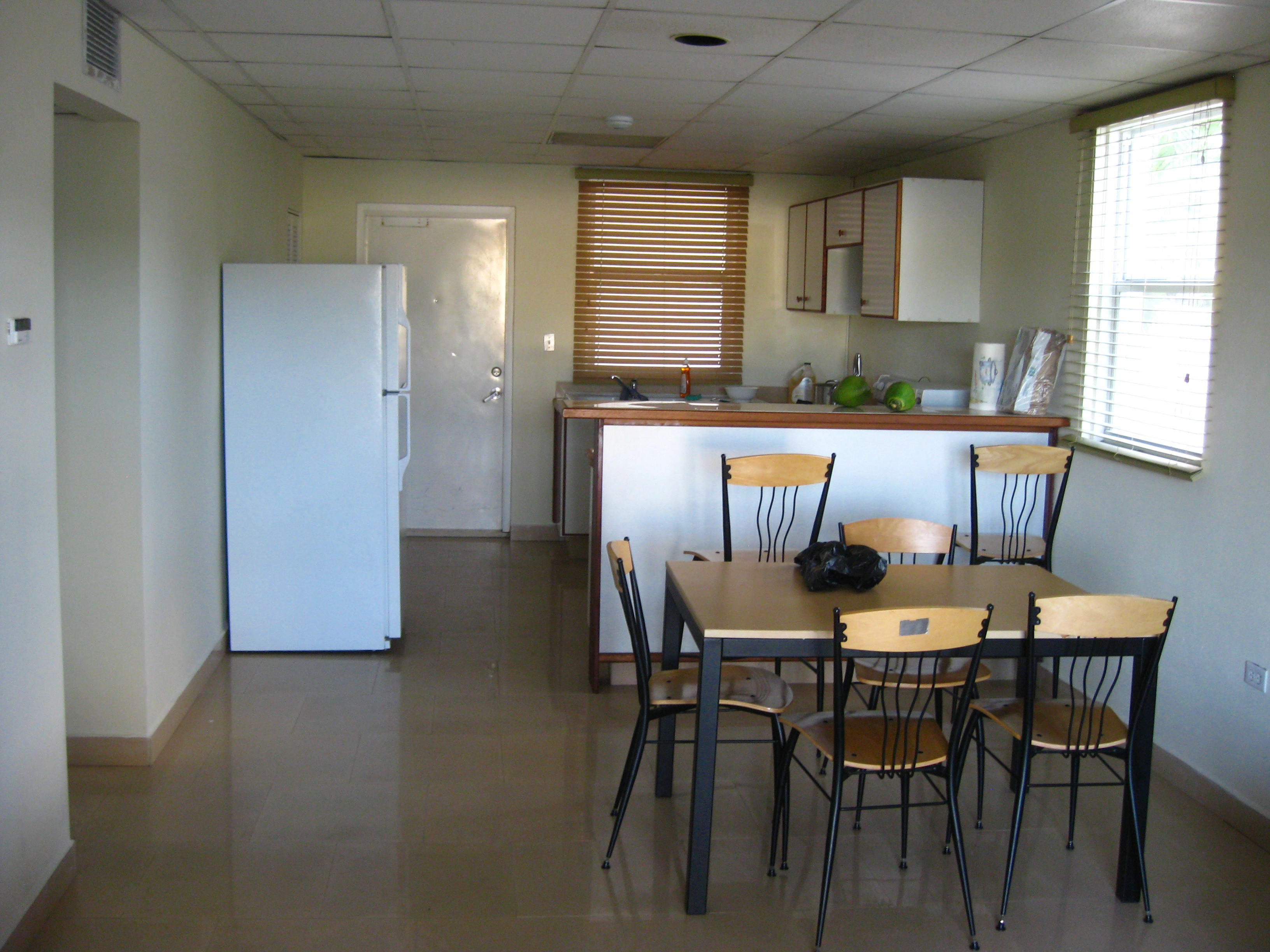 Image gallery dorm kitchen for Small room essentials