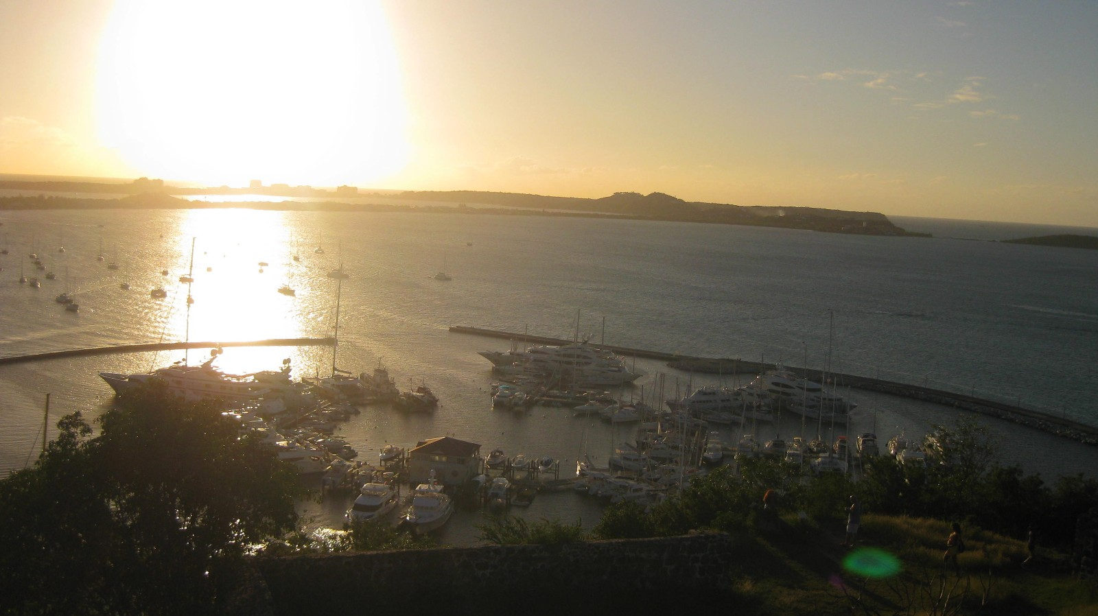 Sunset Ford St Louis >> Sunset on Fort Louis « Diary of a Caribbean Med Student