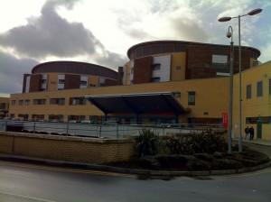 Queen's Hospital, ER entrance